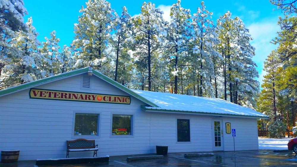 Alta Sierra Veterinary Hospital: 100 S Clark Rd Lot A, Show Low, AZ