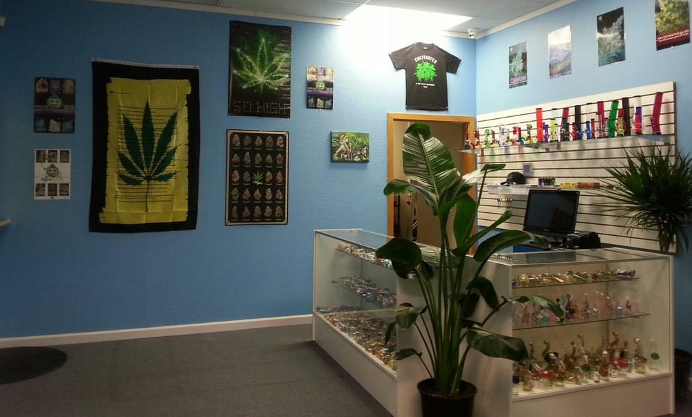 The Pot Zone: 1703 SE Sedgwick Rd, Port Orchard, WA