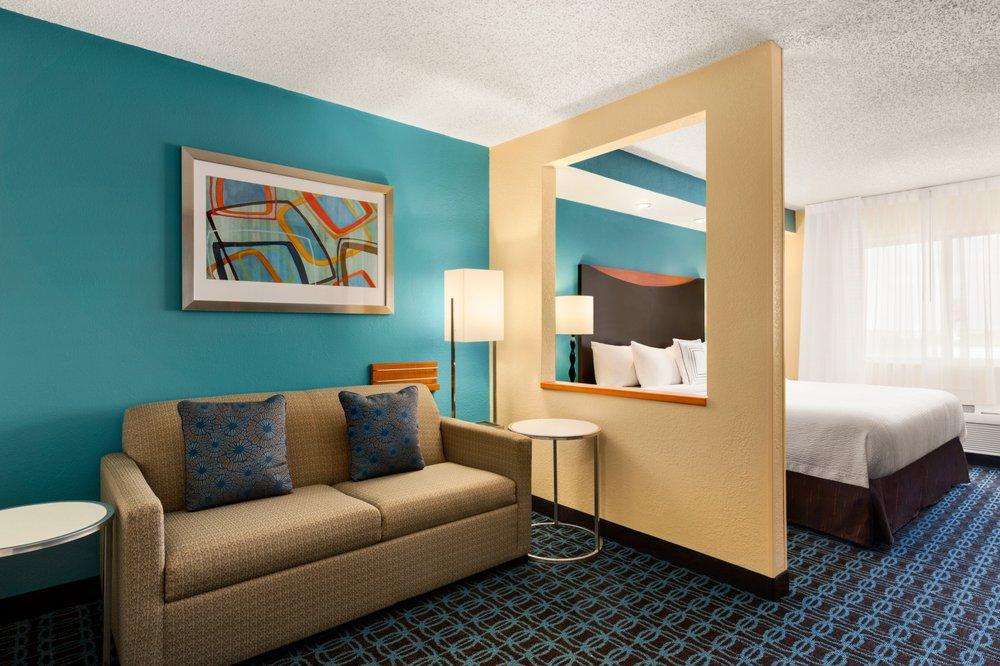 Fairfield Inn & Suites Oklahoma City Quail Springs/South Edmond: 13520 Plz Ter, Oklahoma City, OK