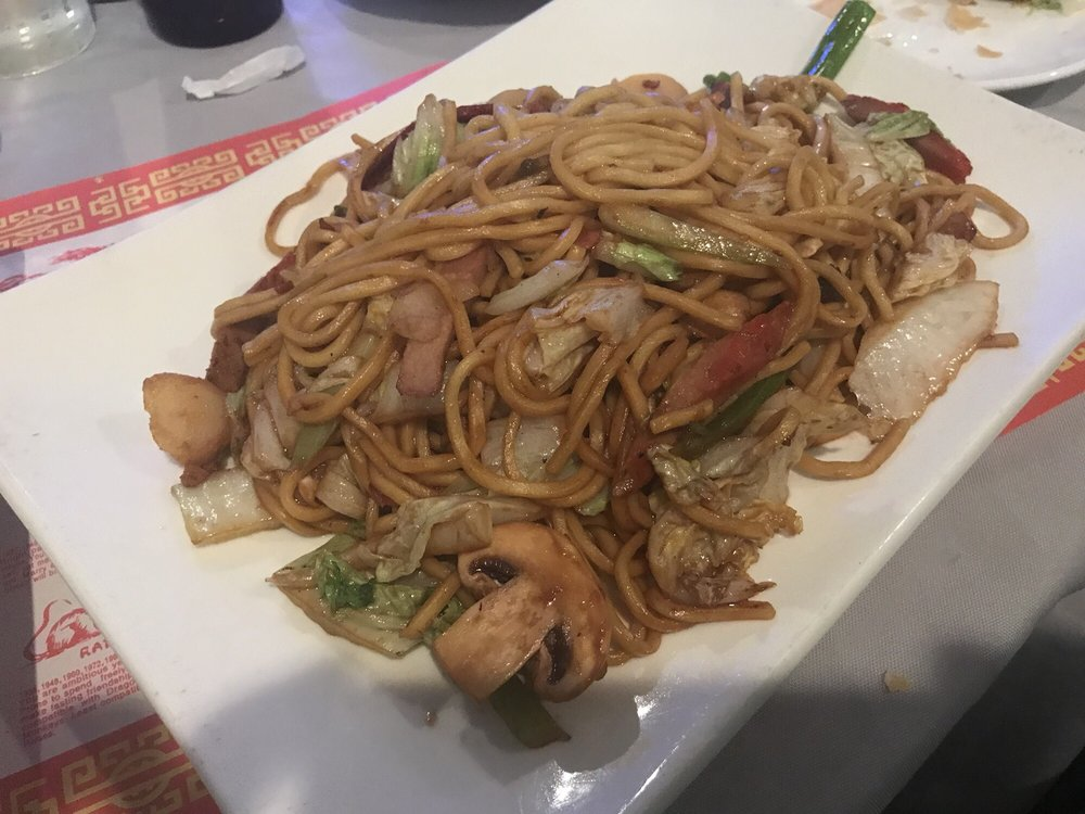 Happy Dragon Restaurant: 40955 Merchants Ln, Leonardtown, MD