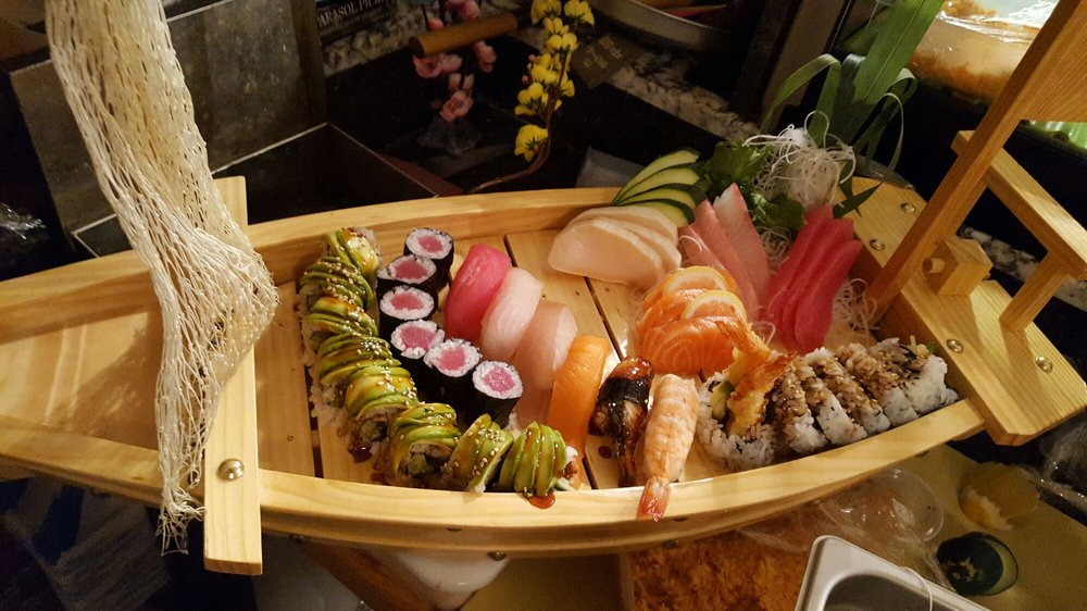 Blue moon asian cuisine sushi bar 157 photos 92 for Asian fusion cuisine and sushi bar