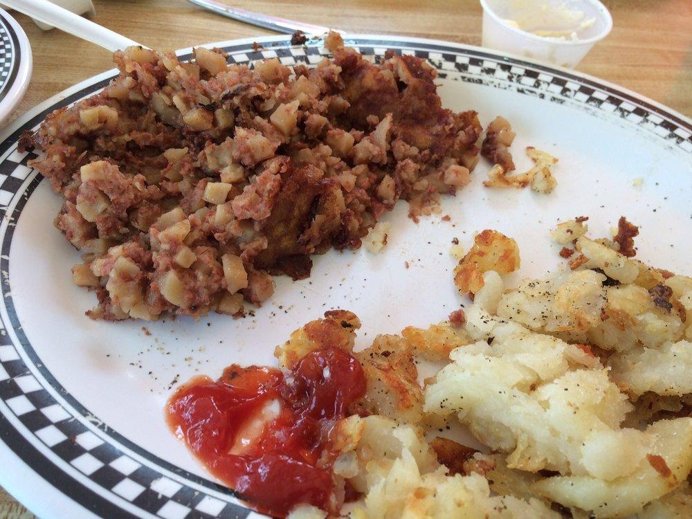 Steve's Cafe 47 Dinner: 189 Rte 47 S, Cape May Court House, NJ