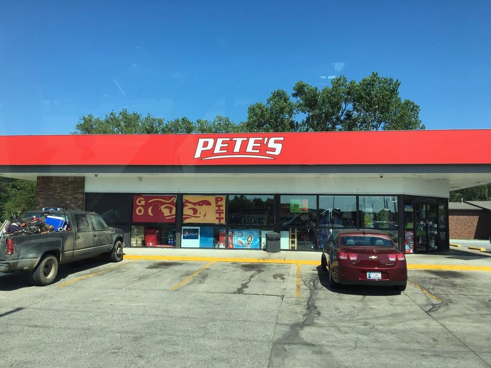 Pete's: 3376 Parkview Dr, Pittsburg, KS