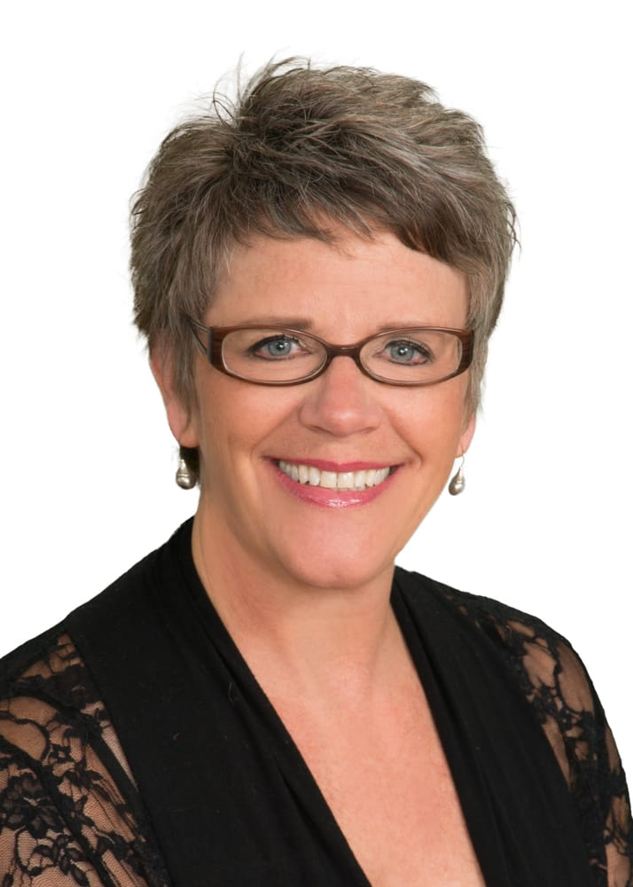 Marcia Hilber - Rogue Real Estate Sales & Property Management: 427B N Main St, Prineville, OR