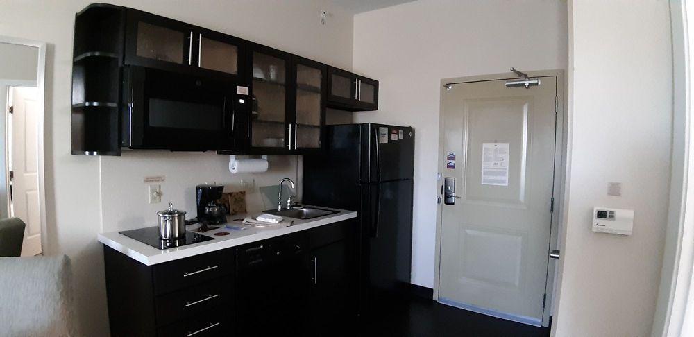 Candlewood Suites Bethlehem South: 1630 Spillman Dr, Bethlehem, PA