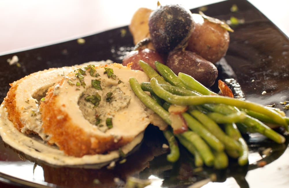 A Thyme Savor Catering and Market: 5941 Carolina Beach Rd, Wilmington, NC
