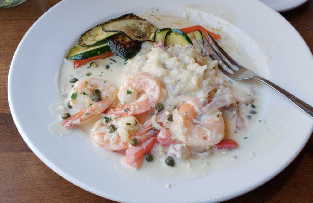 Ciccarelli's Restaurant: 2076 Sherman Ave, North Bend, OR