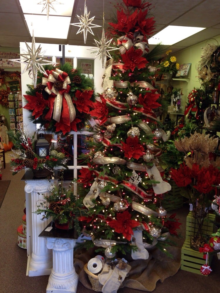 Rainbow Florist and Gifts: 977A Oak Ridge Tpke, Oak Ridge, TN