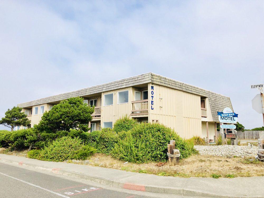 Bandon Beach Motel: 1090 Portland Ave SW, Bandon, OR