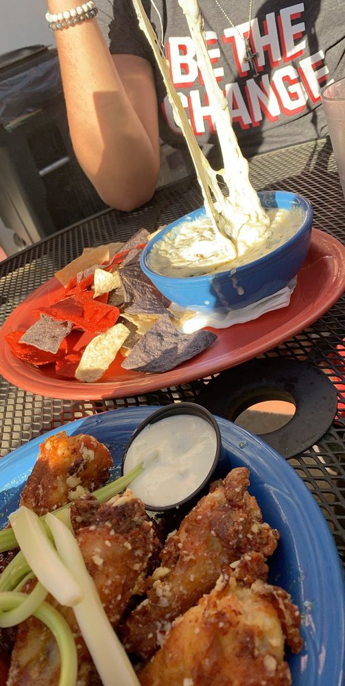 The Grill: 1012 Pennsylvania Ave, Matamoras, PA