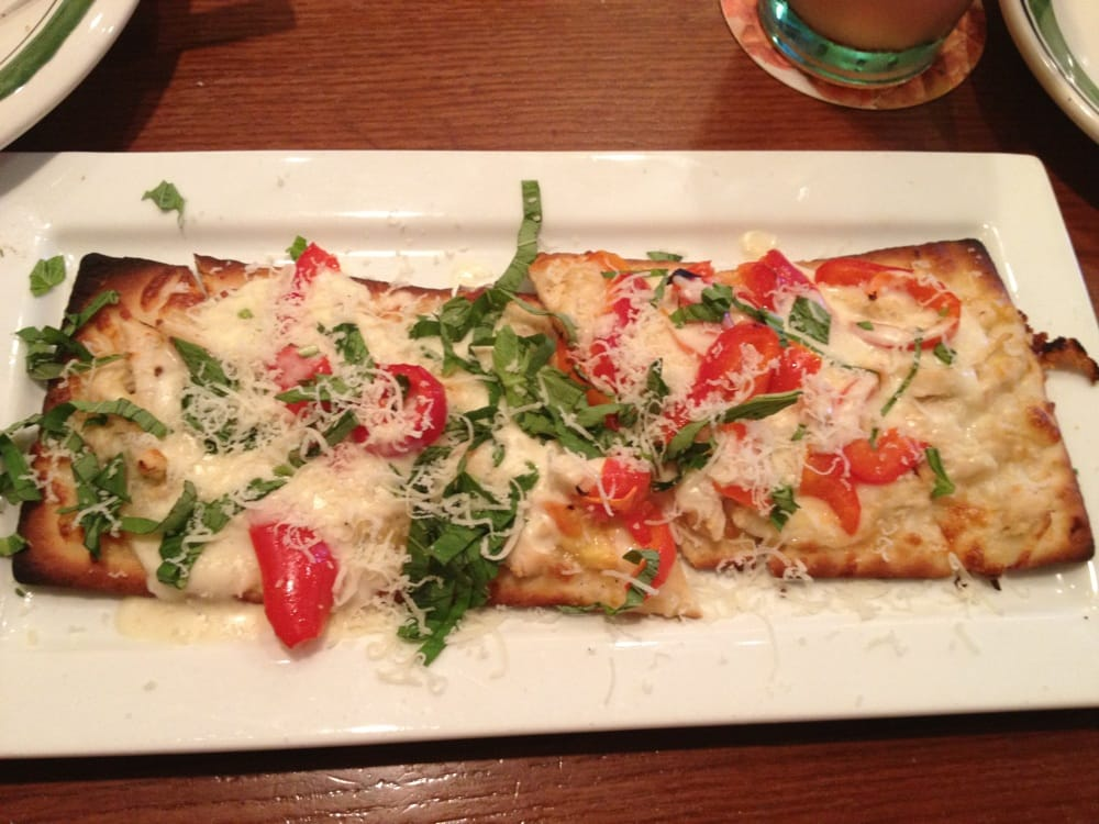 Grilled chicken flatbread yelp for Olive garden chicken flatbread