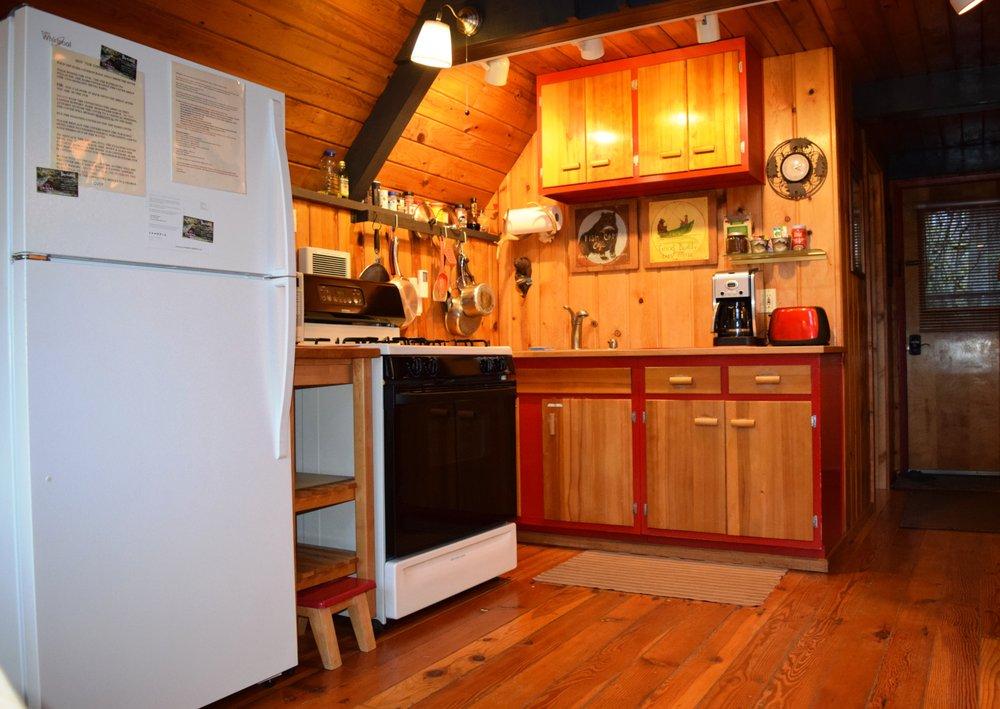 Sky Cabins: 18817 640th Ln NE, Baring, WA