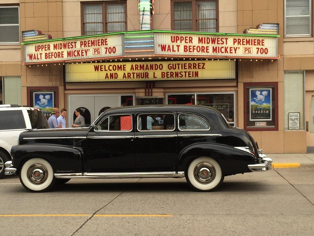 Dells Theatre: 511 E 4th St, Dell Rapids, SD