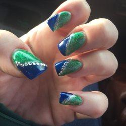 Longview Nails - Manucure & Pedicure - 3163 Ocean Beach ...
