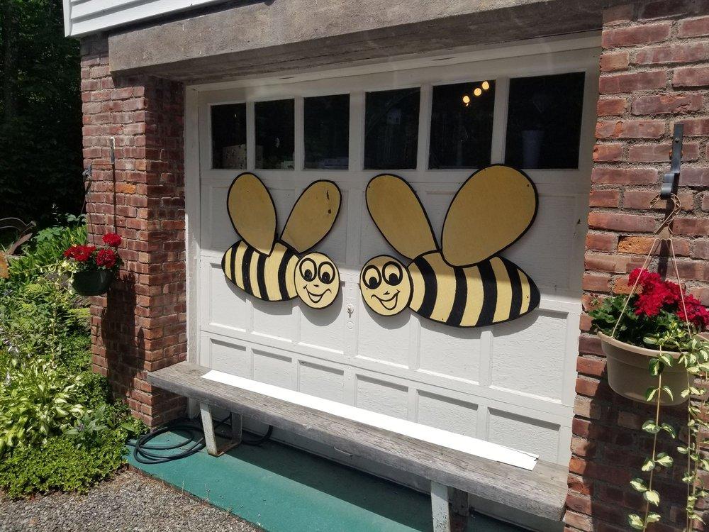 Traphagen's Honey: Lexington Rd, Hunter, NY