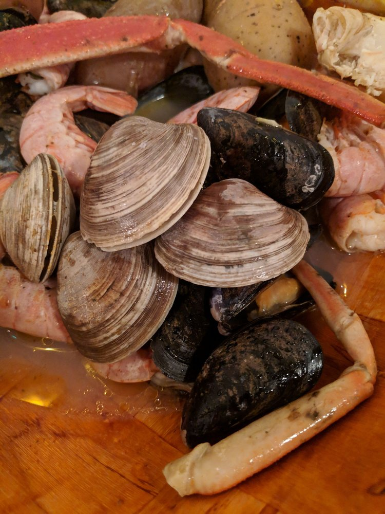 Seafood Atlantic: 520 Glen Cheek Dr, Cape Canaveral, FL