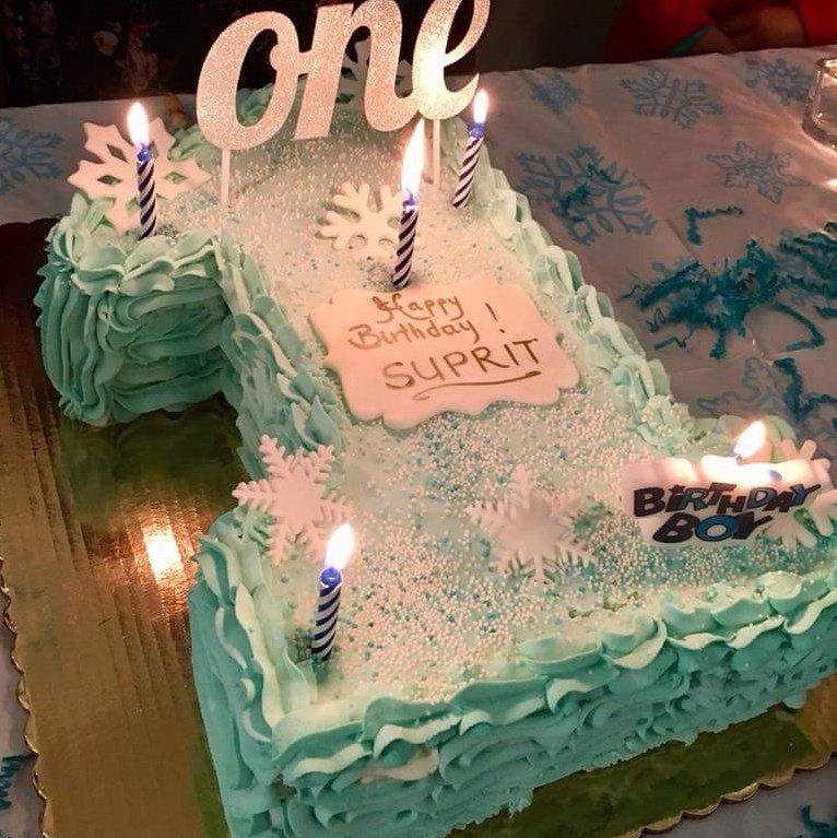 Winter Wonderland Birthday Cake Flavor Dulce De Leche Yelp