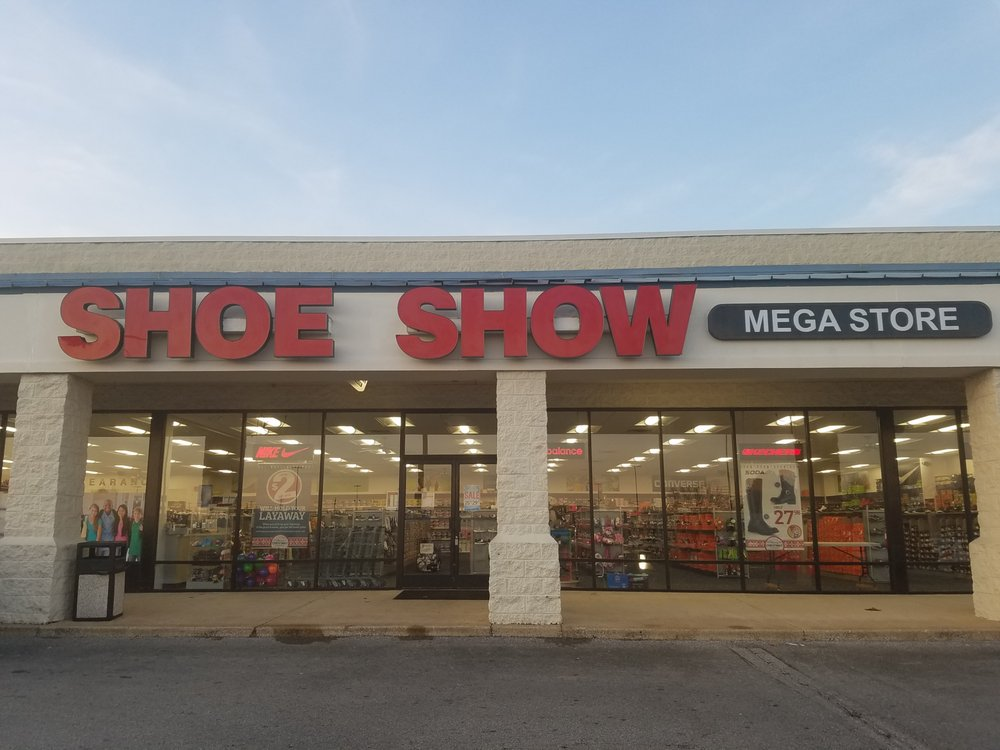 Shoe Show Mega Store: 1150 Mineral Wells Ave, Paris, TN