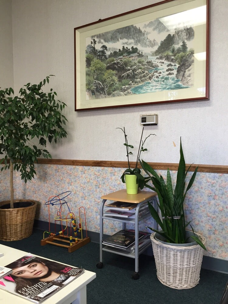 Baik Acupuncture Clinic Acupuncture 643 Chalan San