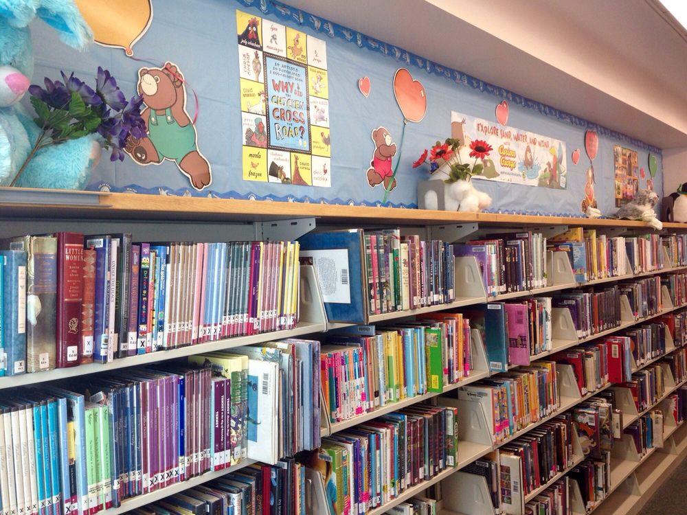 Platt Library: 23600 Victory Blvd, Woodland Hills, CA