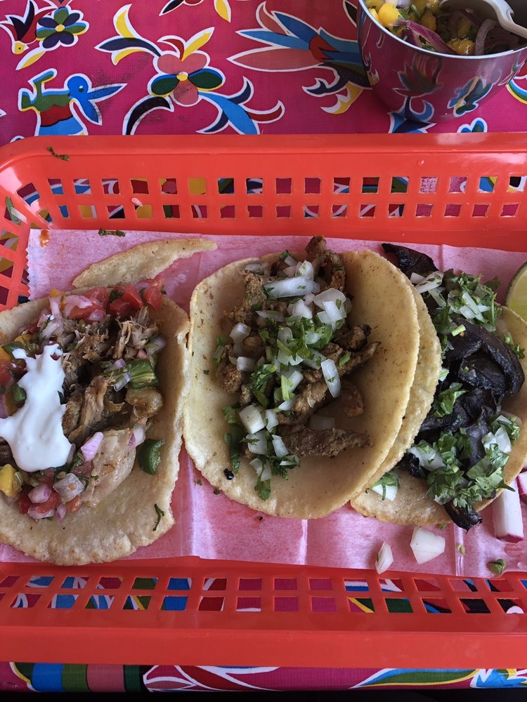Food from Cocina Luchadoras