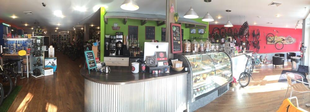 South Mountain Cycle & Cafe: 318 Main St, Emmaus, PA