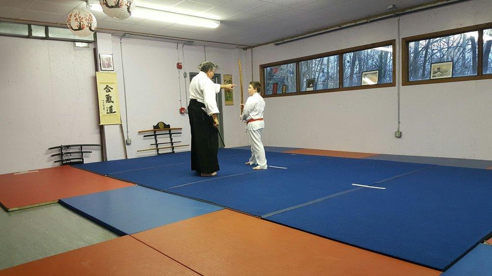 Aikido Martial Arts Center-Heiwa Toushinkan Dojo: 880 Compton Rd, Cincinnati, OH