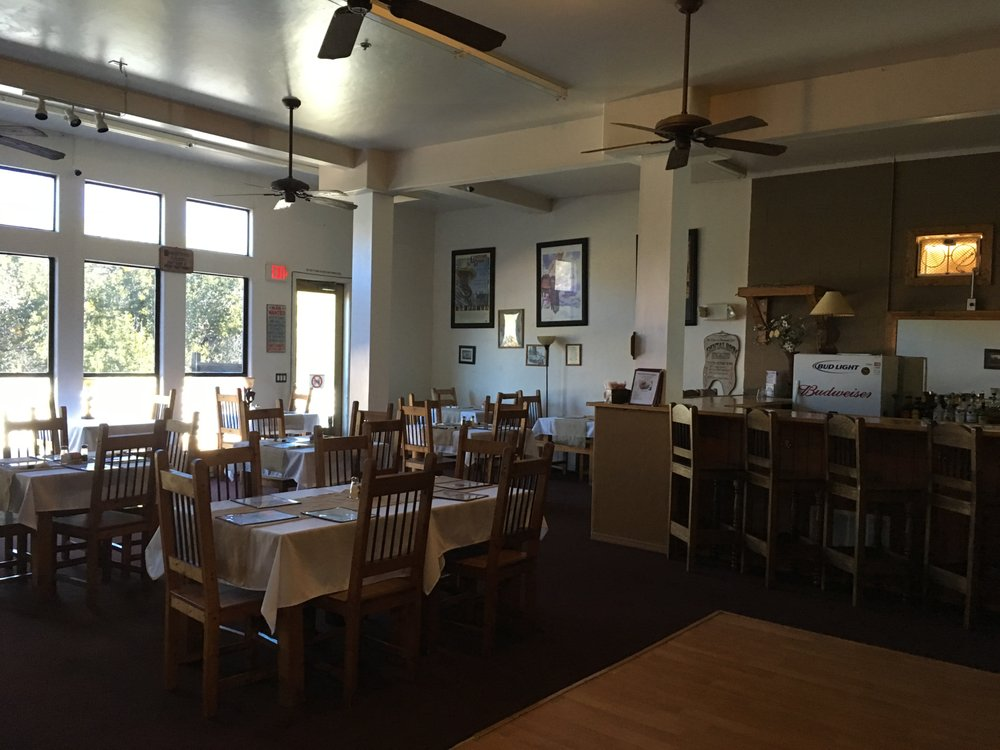 The Old West Steakhouse at the Creekside Lodge: 11255 S Hwy 69, Mayer, AZ