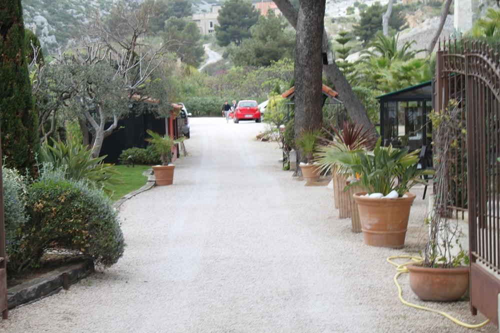 le jardin d emile hotels 23 avenue am ganteaume cassis bouches du rh ne france. Black Bedroom Furniture Sets. Home Design Ideas