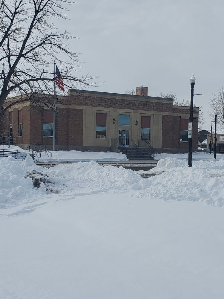 US Post Office: 121 Labree Ave N, Thief River Falls, MN