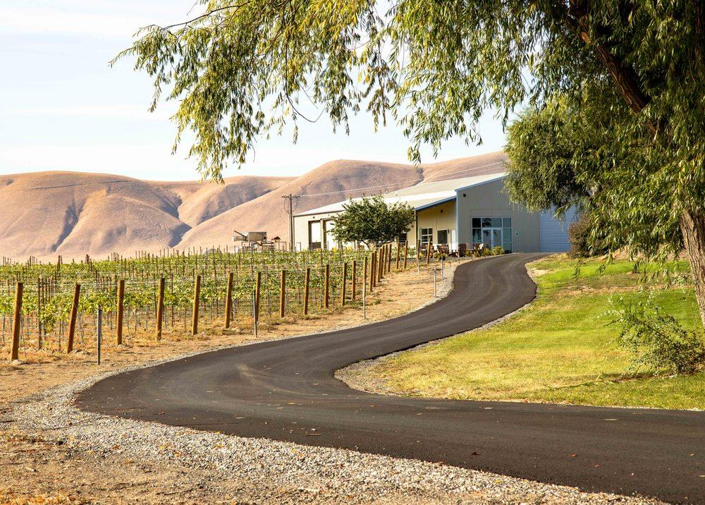 Frichette Winery: 39412 N Sunset Rd, Benton City, WA