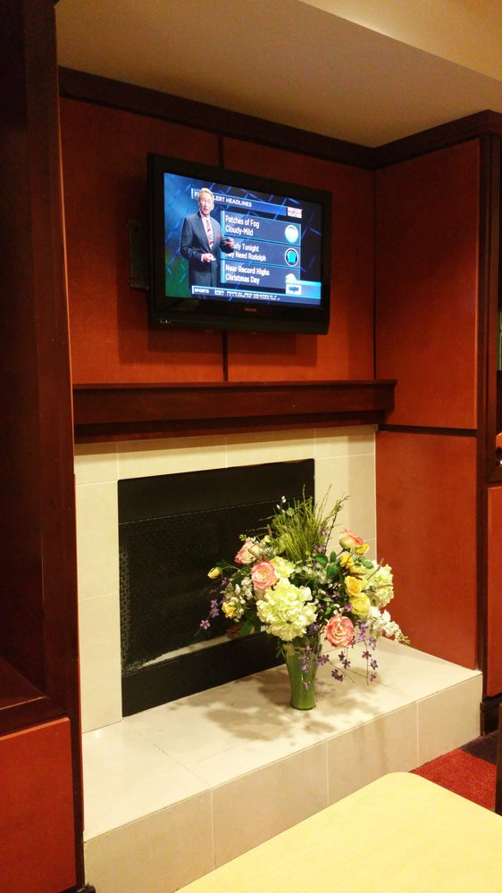 Fairfield Inn & Suites: 1795 Morris Ave, Fultondale, AL