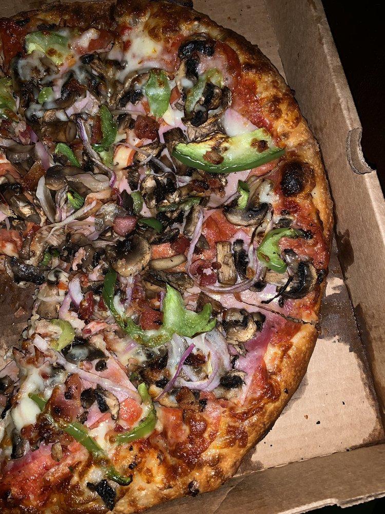 Uptown Pizza Co.: 7623 Greenleaf Ave, Whittier, CA