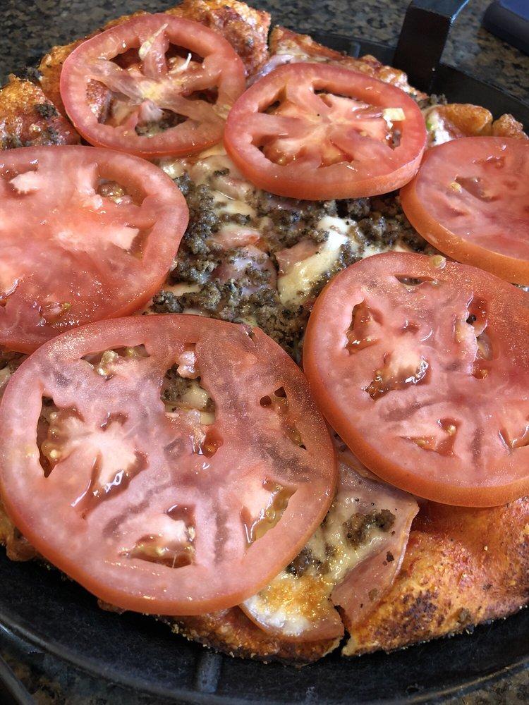 Fultano's Pizza: 770 E Columbia River Hwy, Clatskanie, OR