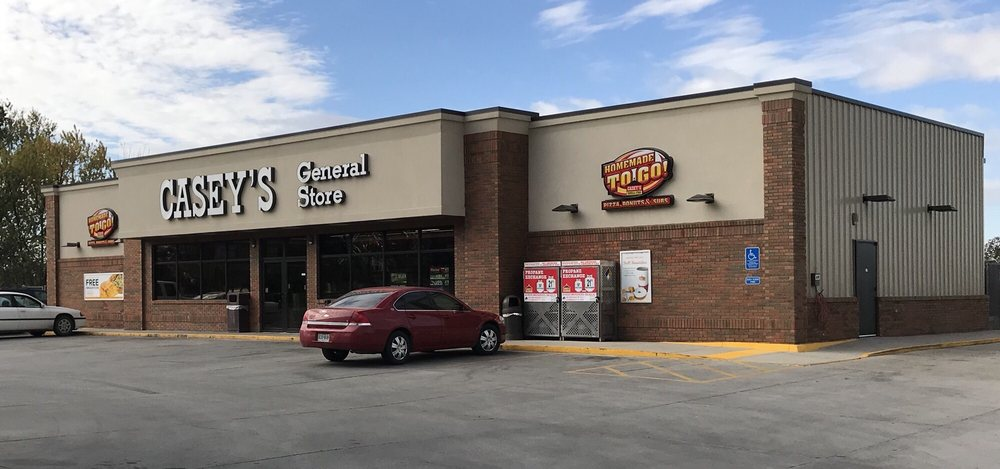 Casey's General Store: 1202 N Hundley St, Albany, MO
