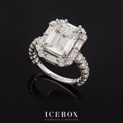 Photo Of Icebox Diamonds Watches Atlanta Ga United States Stunning Emerald