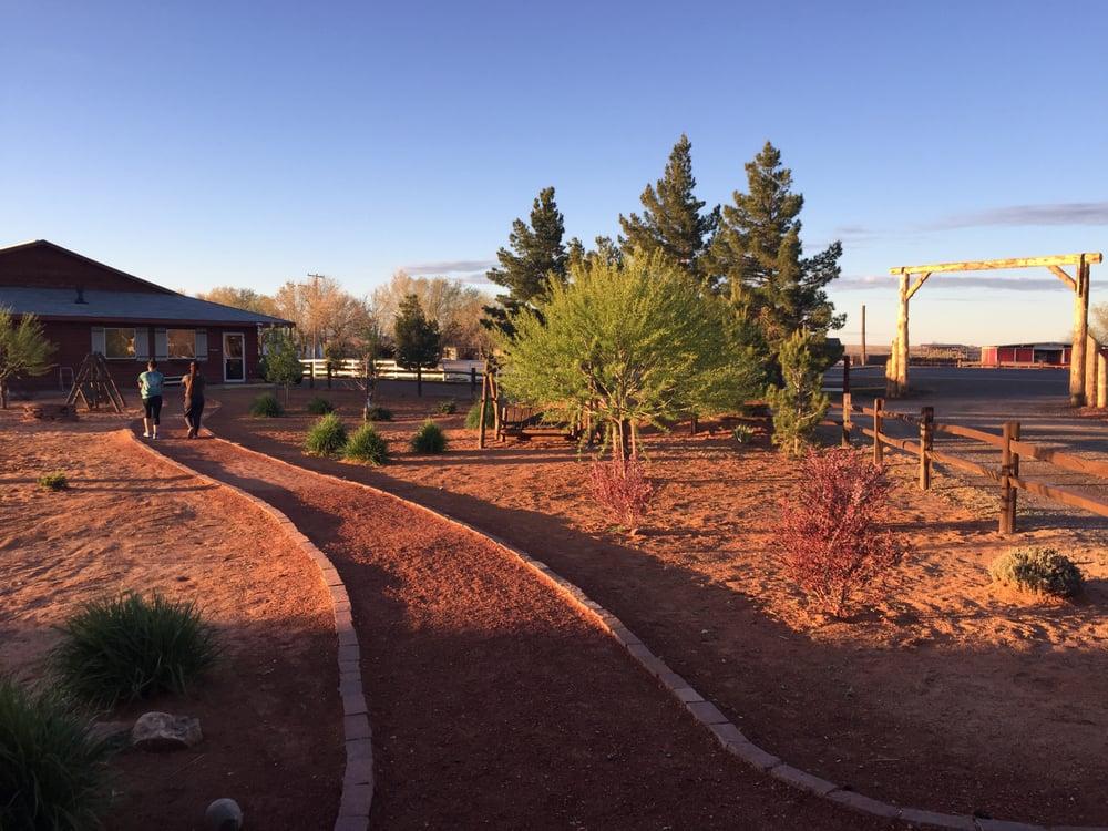 Re Creation Retreat: 465 S Main St, Fredonia, AZ