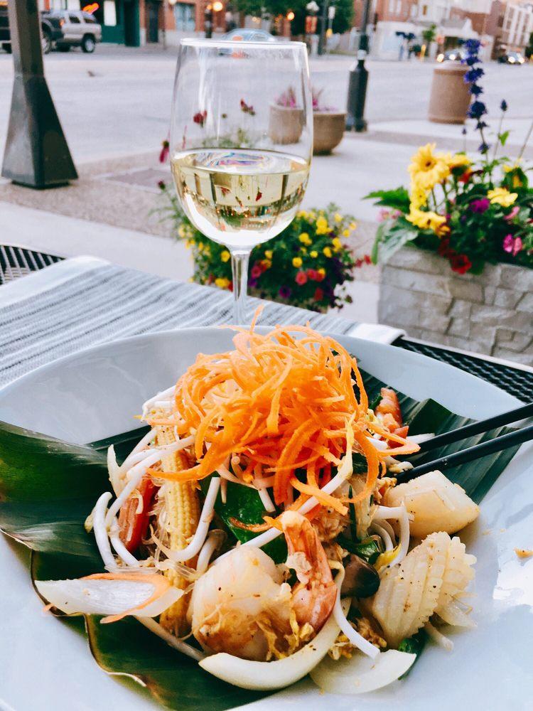 Food from Mango Thai