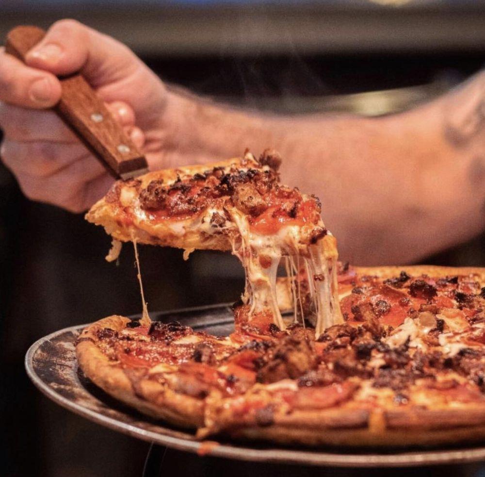 Beerhead Bar & Eatery: 8003 Crile Rd, Concord, OH