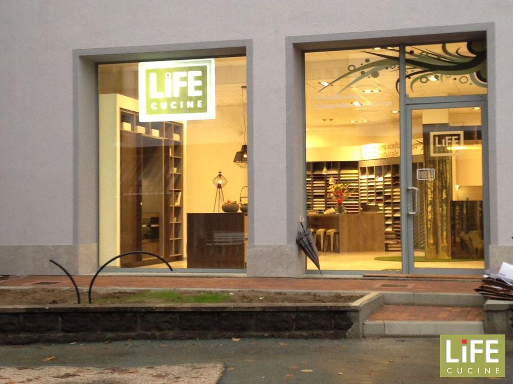 Life cucine kitchen bath via cesare battisti - Life cucine milano ...