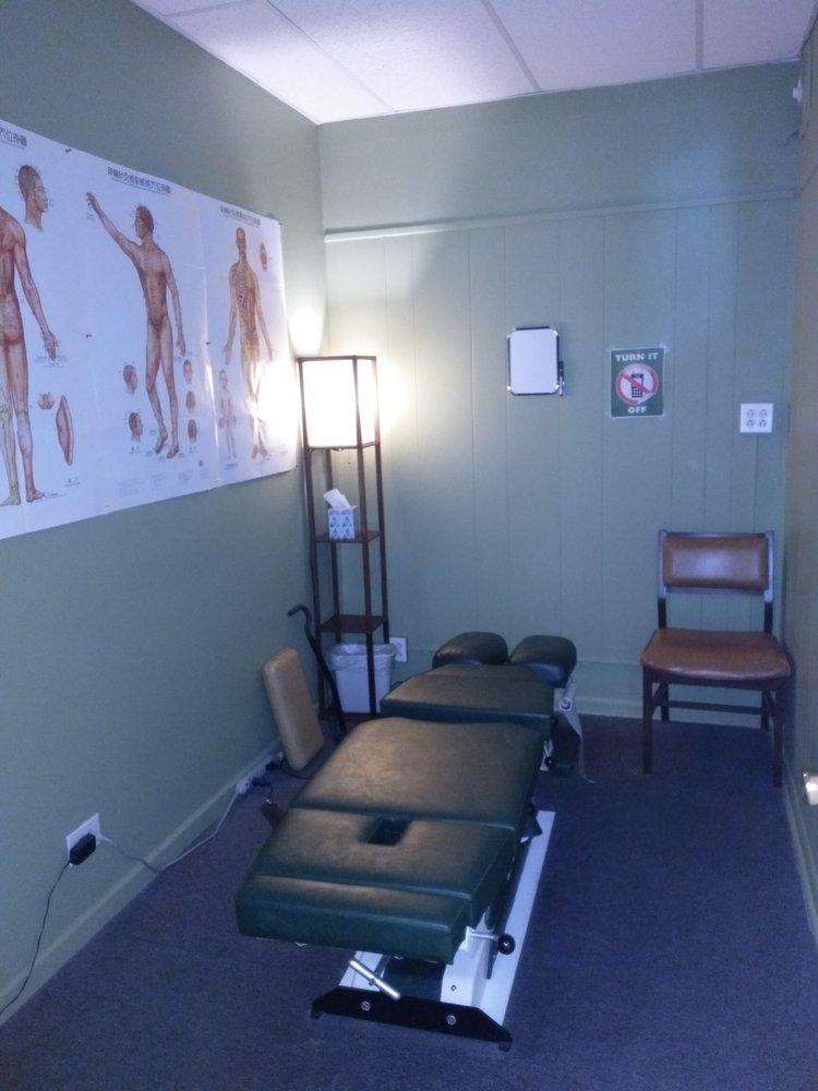Dr. Bruce Rachum: 6430 Cermak Rd, Berwyn, IL