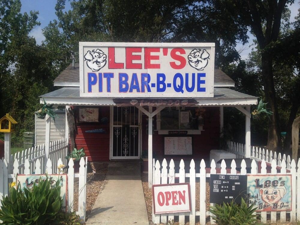 Lee's Pit BBQ: 252 North Main St, Ripley, TN