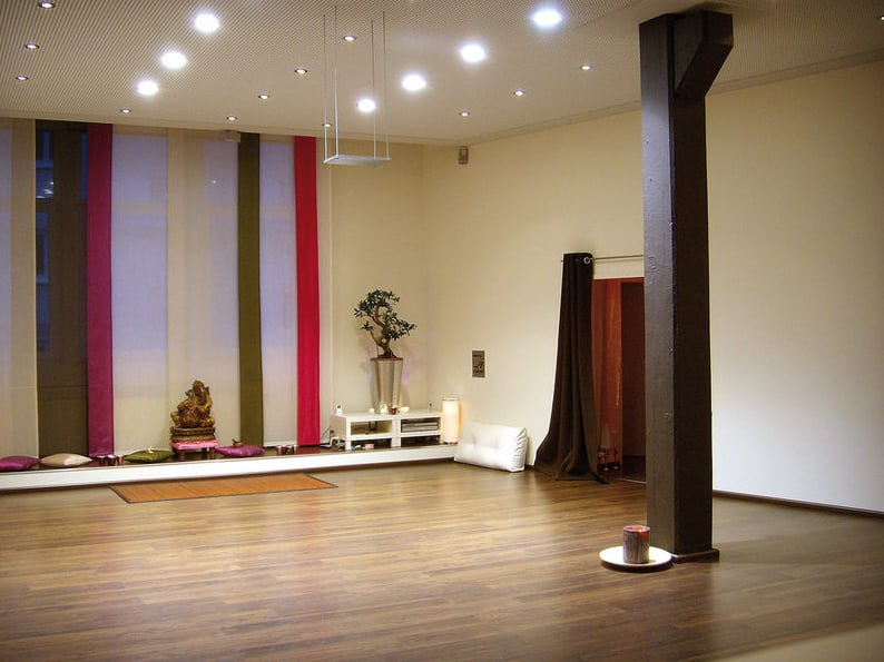 yogaunity yoga emil adolff str 1 reutlingen baden w rttemberg germania numero di. Black Bedroom Furniture Sets. Home Design Ideas
