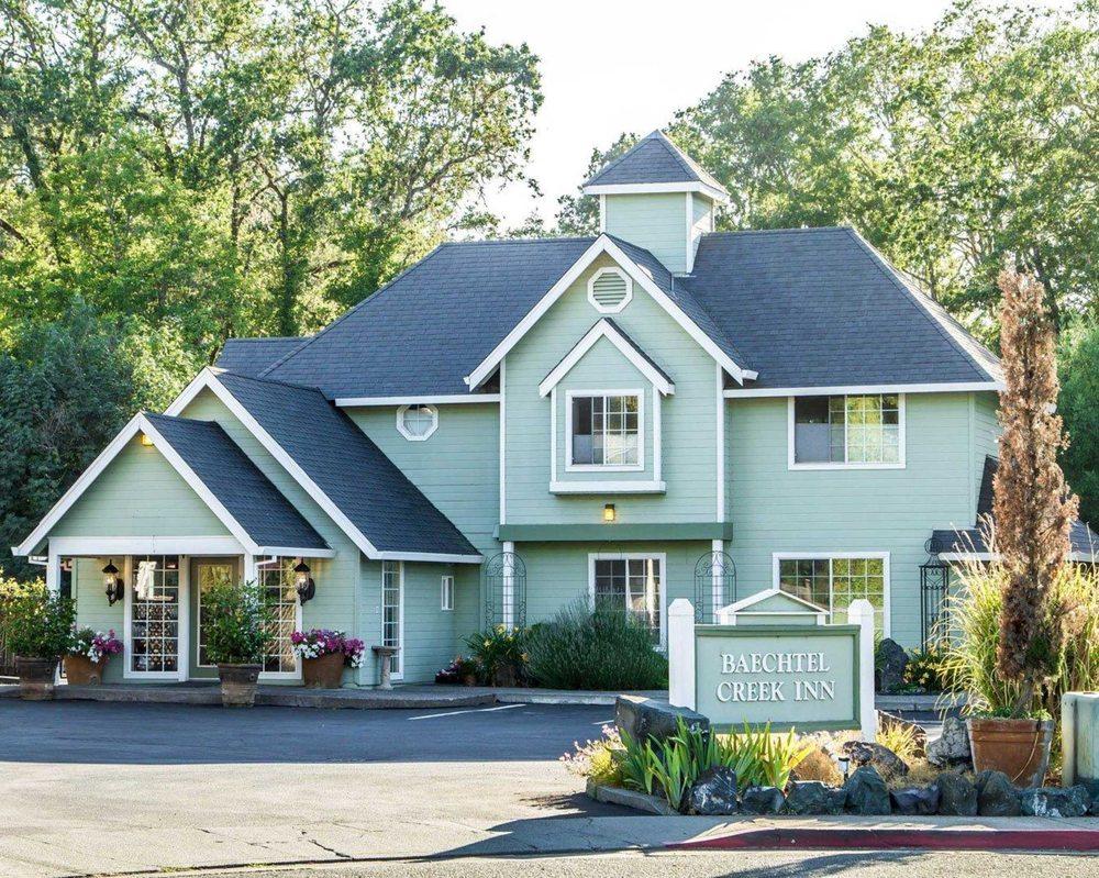 Baechtel Creek Inn, an Ascend Hotel Collection Member: 101 Gregory Lane, Willits, CA