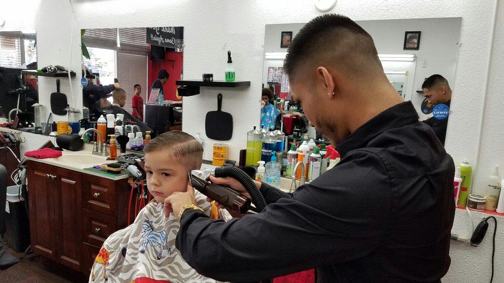 Da Kinez Barbershop 227 Photos 214 Reviews Barbers 94 670