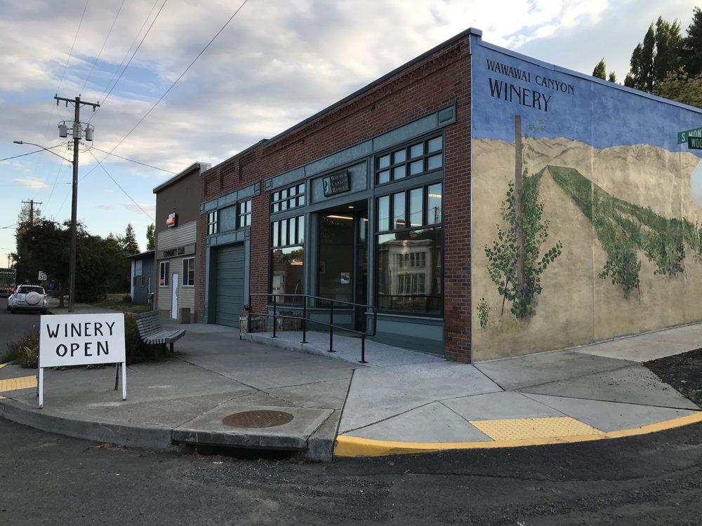 Wawawai Canyon Winery: 202 S Montgomery St, Uniontown, WA