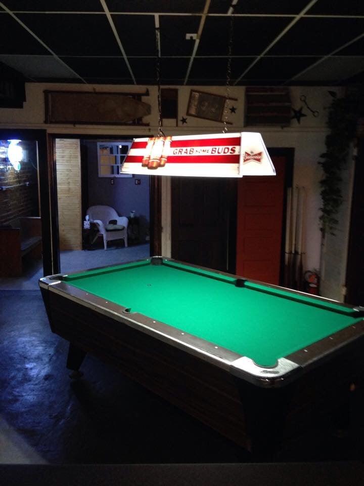 Pub 109: 109 W Main St, Pilot Mountain, NC
