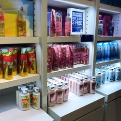 Bath & Body Works - 1 Bass Pro Mills Drive, Vaughan, ON ...