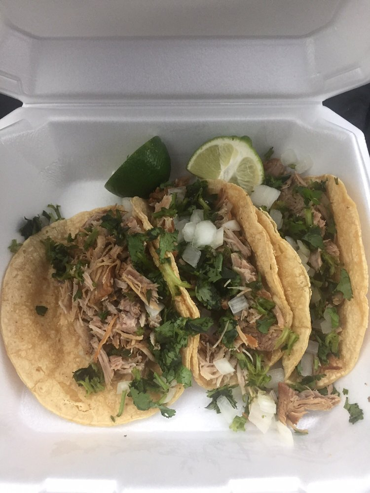 Cazadores Mexican Grocery: 1709 Woodward Ave, Muscle Shoals, AL