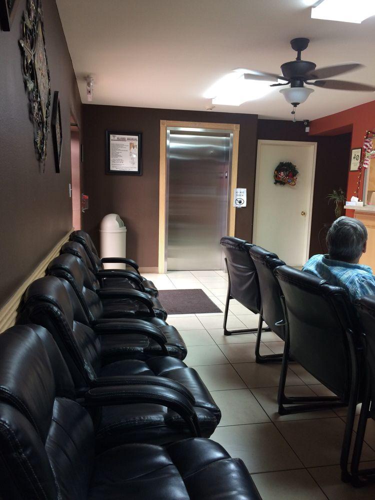 Alamo Medical Day & Night Clinic: 115 S Alamo Rd, Alamo, TX